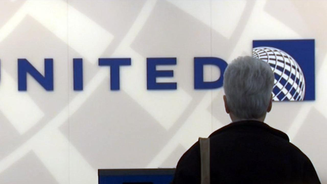 United Airlines computer glitch causes delays