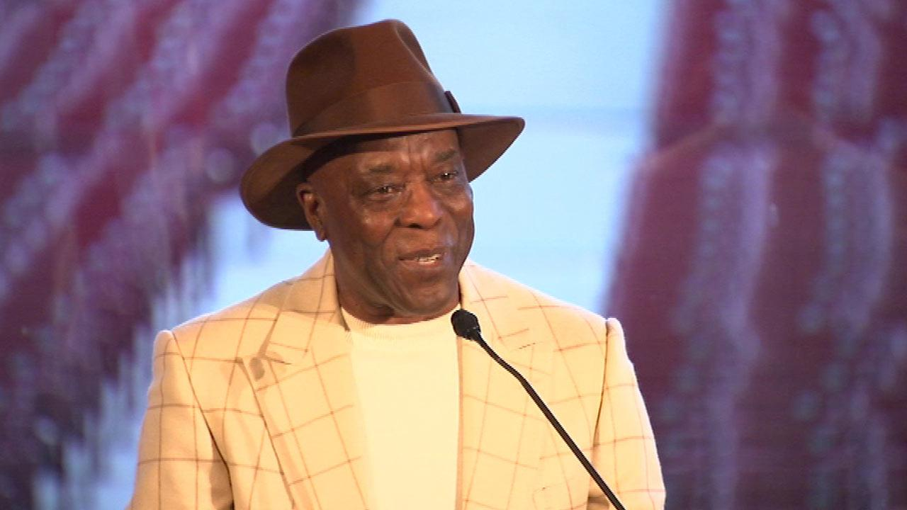 Buddy Guy gets big send-off before Kennedy Center Honors