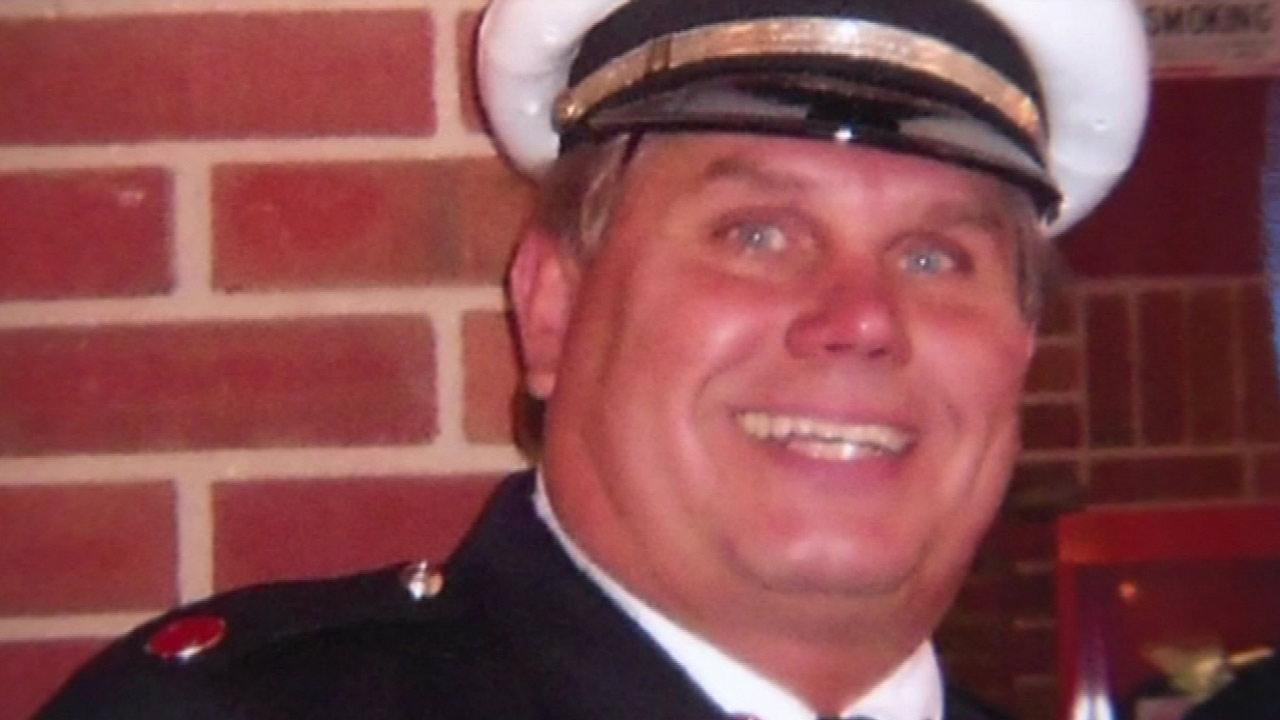 Chicago City Council honors fallen firefighter, CFD Captain Herbie Johnson