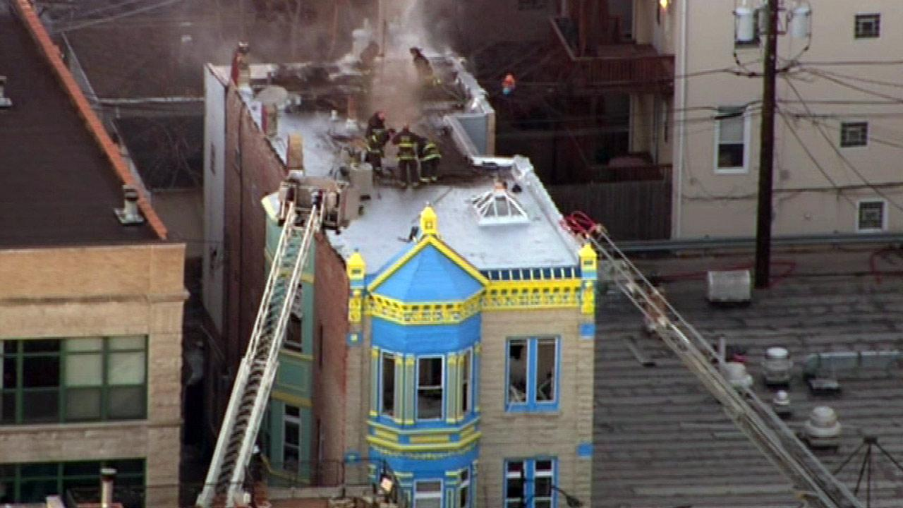 No injuries reported in Lakeview fire on Belmont