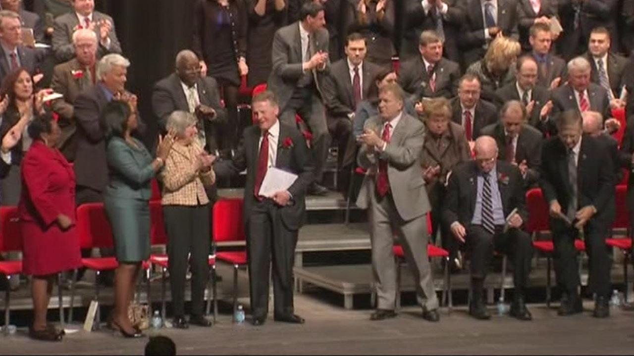 Newly sworn-in Illinois legislators face dire pension crisis