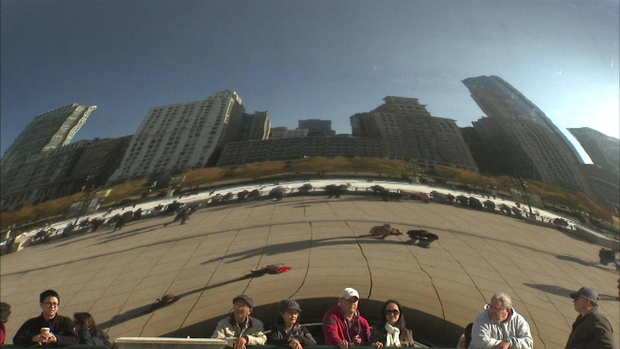 City officials promote Chicago as tourism destination despite recent violence