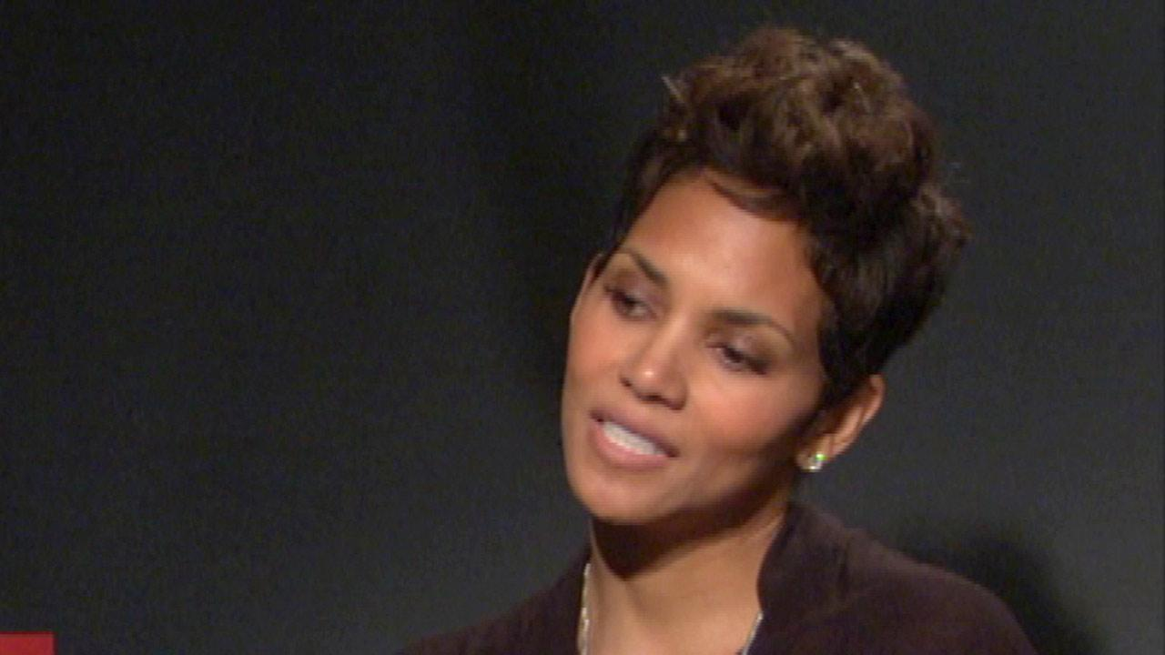 Halle Berry visits Chicago for 'The Call' screening