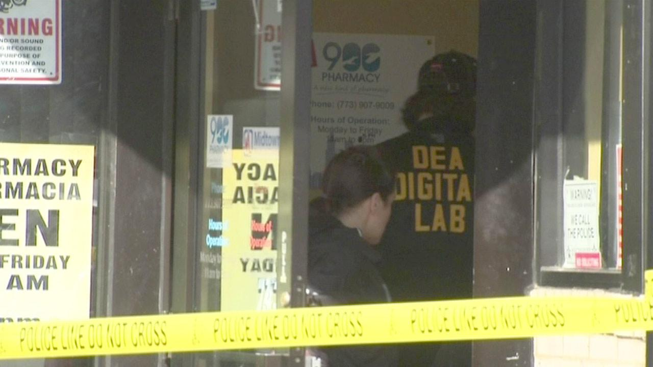 Medical clinic shut, search warrants issued