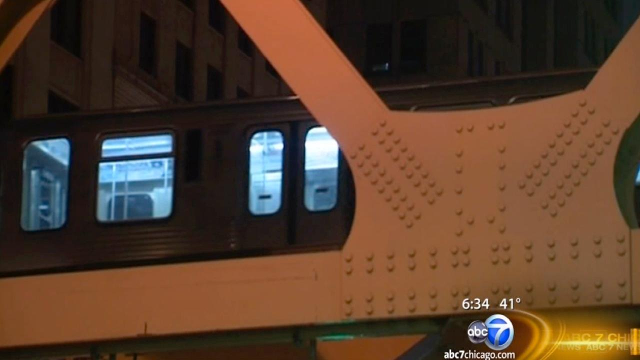Brown, Purple Line trains moving over Wells St. Bridge again