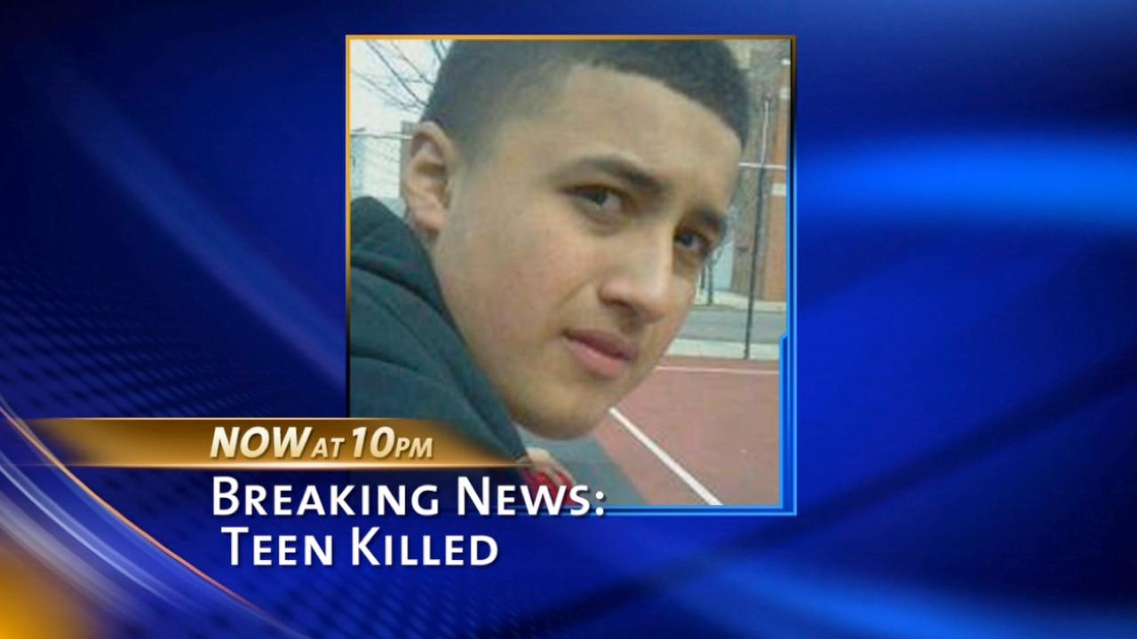 Boy, 14, shot and killed in drive-by-shooting on Chicago's West Side