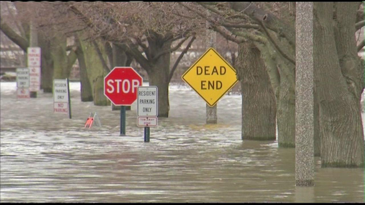 Insurance company sues IL counties and towns over 2013 floods