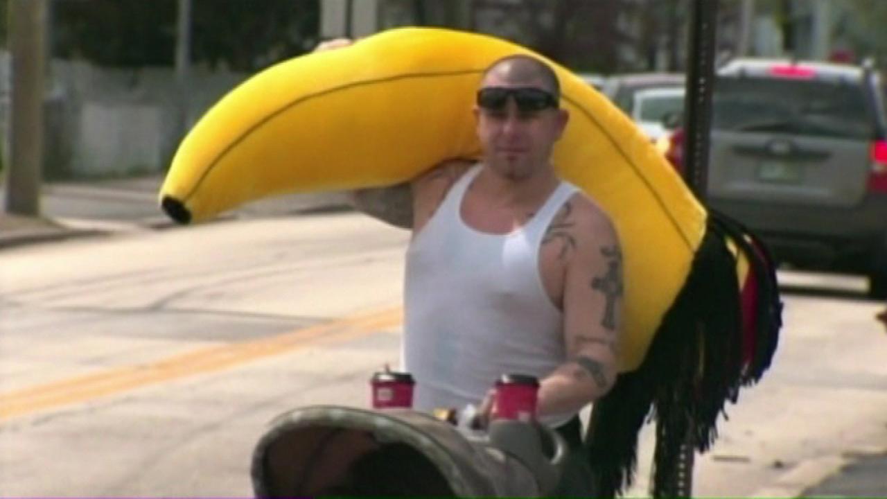 Henry Gribbohm loses life savings at carnival, wins giant stuffed banana with dreadlocks