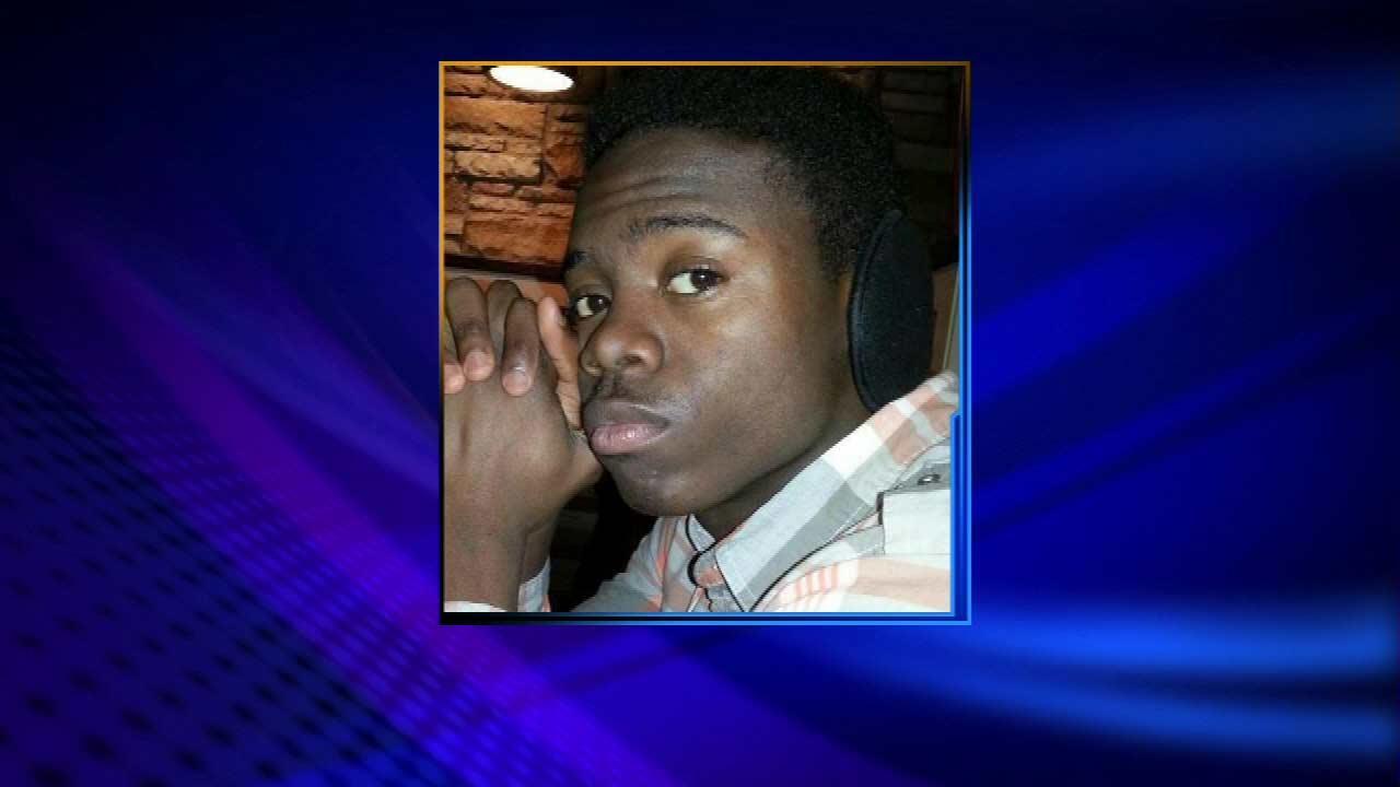 Teen charged in party shooting death appears in court