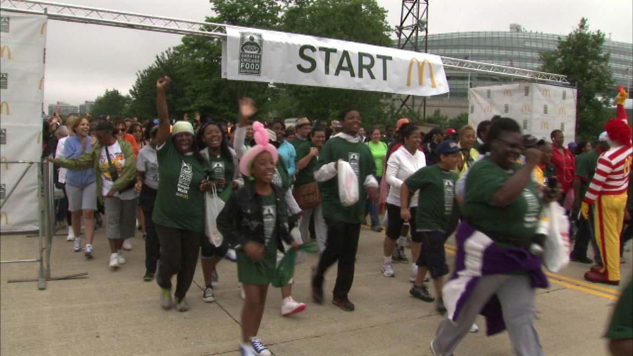 Hunger Walk raises money for Chicago Food Depository