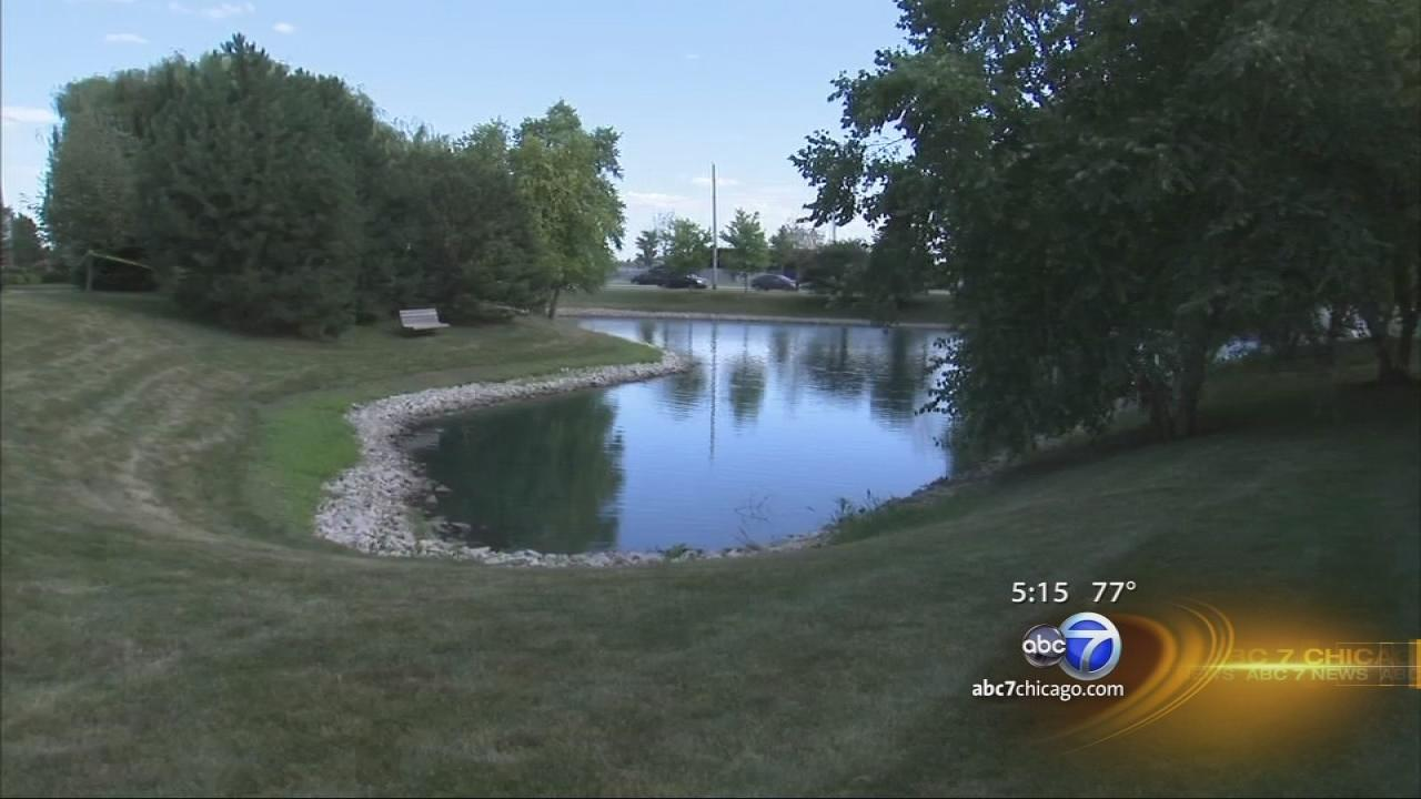 Child drowns in Naperville pond