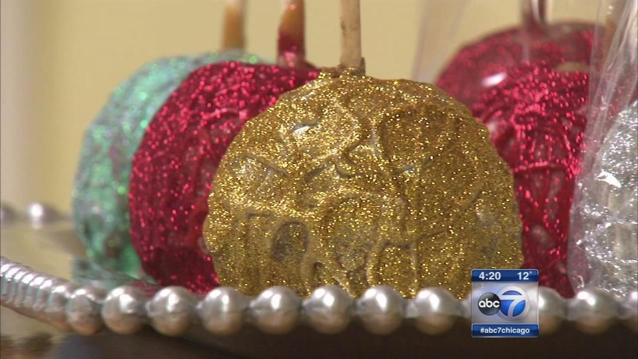 morkes chocolates creates christmas ornament caramel apples abc7chicagocom - Christmas Candy Apples
