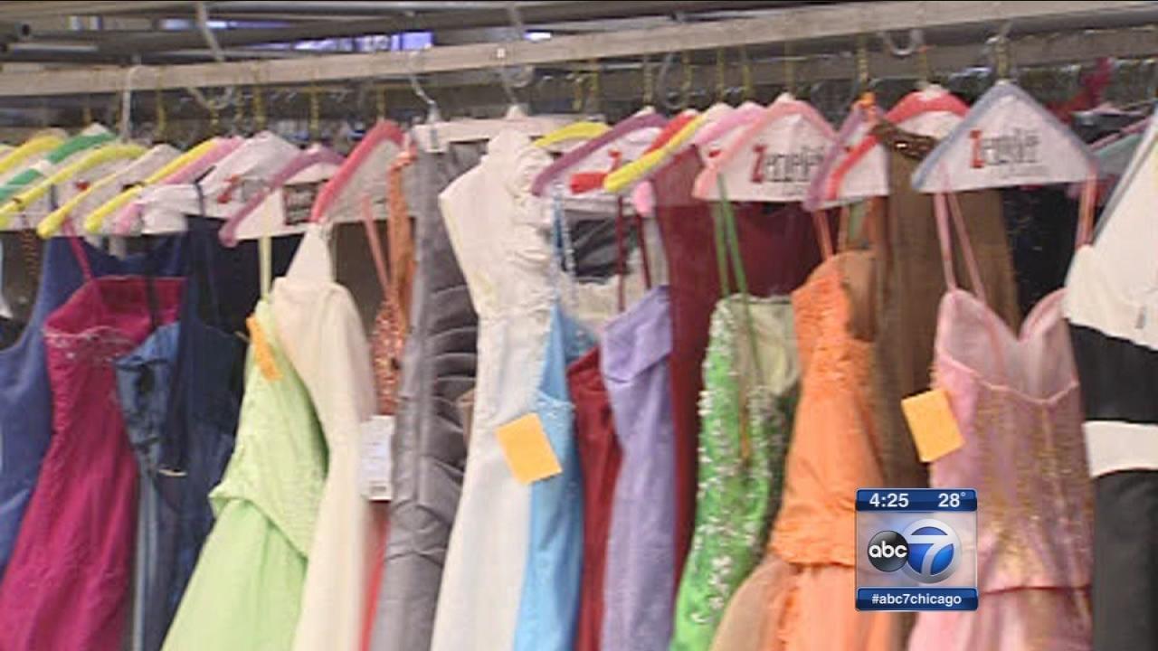 Glass Slipper Project makes prom dreams come true | abc7chicago.com