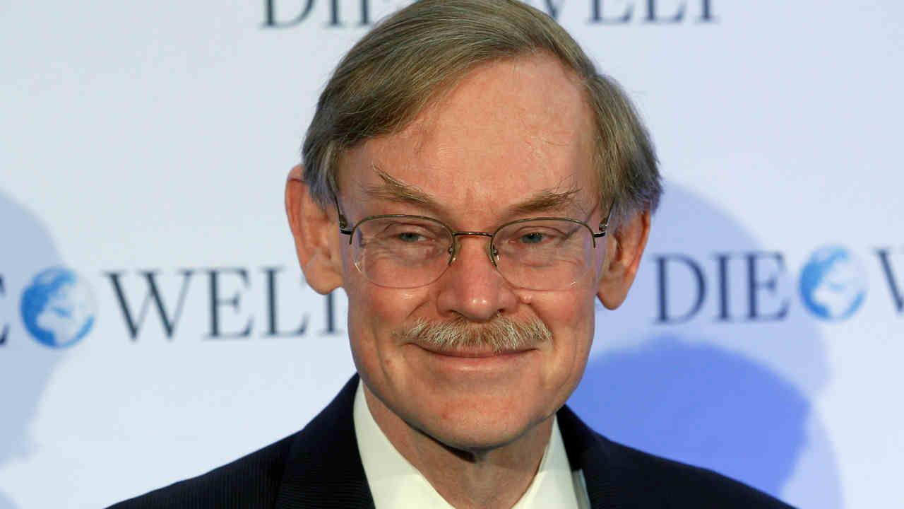 Robert Zoellick, former President of the World Bank, smiles as he arrives for a closed-doors conference organized by German newspaper Die Welt in Berlin, Germany, Tuesday, Jan. 8, 2013.