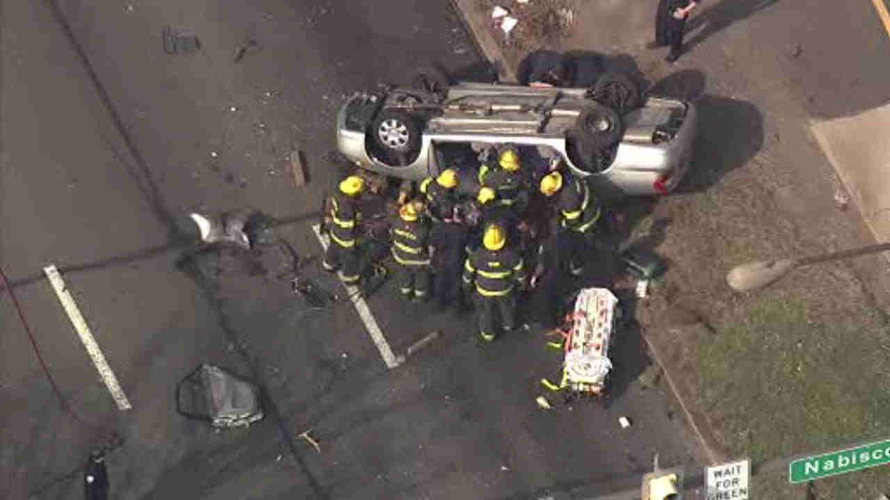 Car overturns on Roosevelt Boulevard