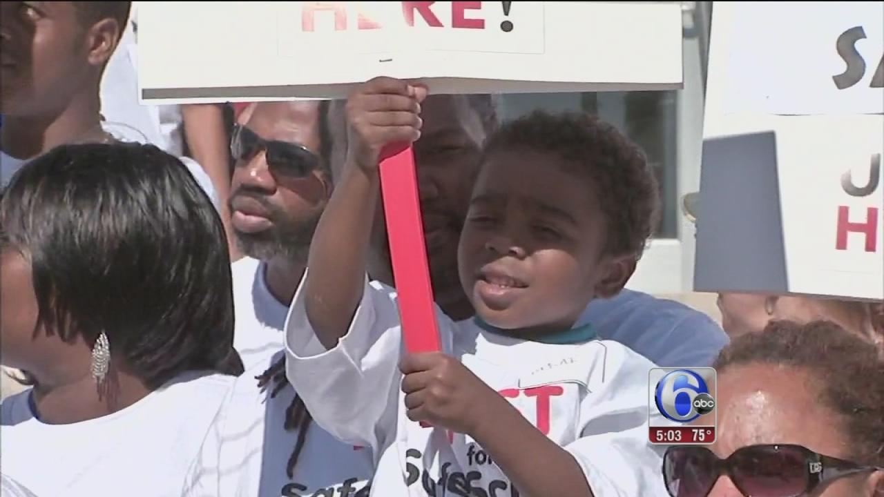 Deadline looms for Philadelphia school funding