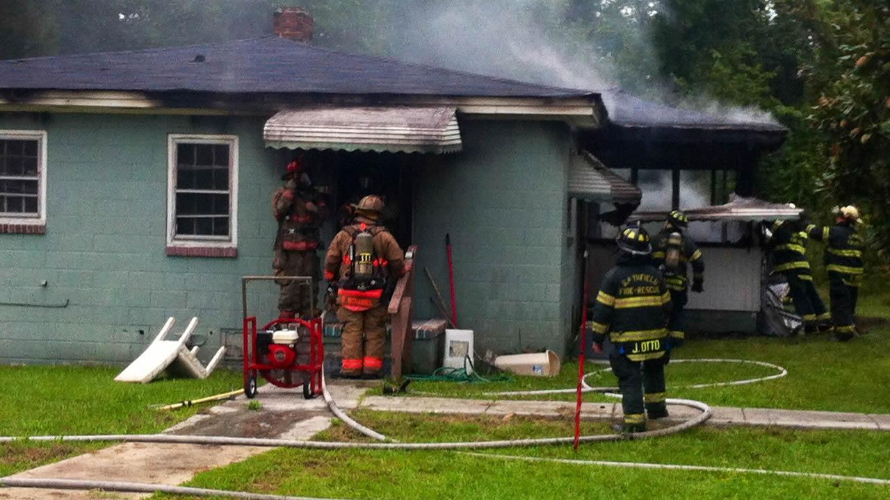 Firefighters battle blaze in Smithfield