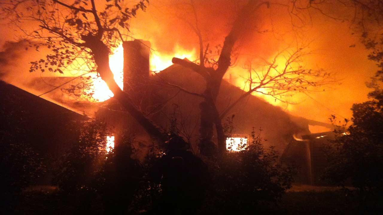 Fire consumes Four Oaks home