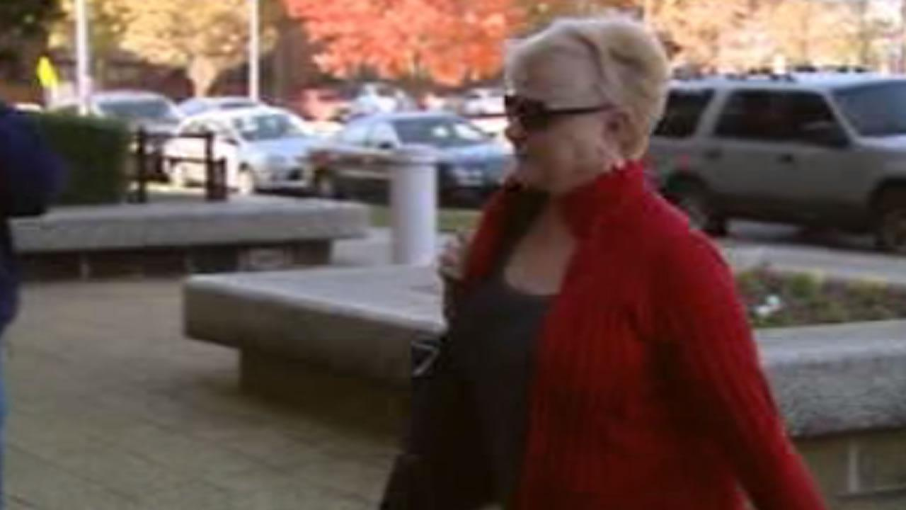 Carolyn Grant arrives at court.