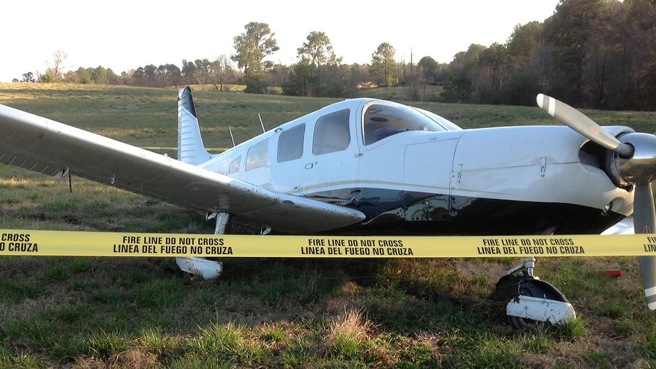 Pilot survives small plane crash in Sanford