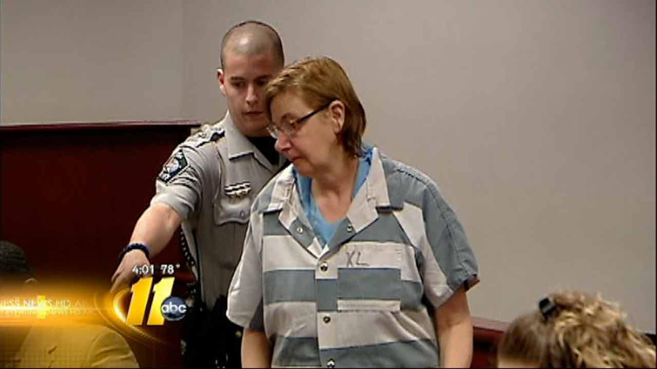 Sources: Wife killed husband over cable TV