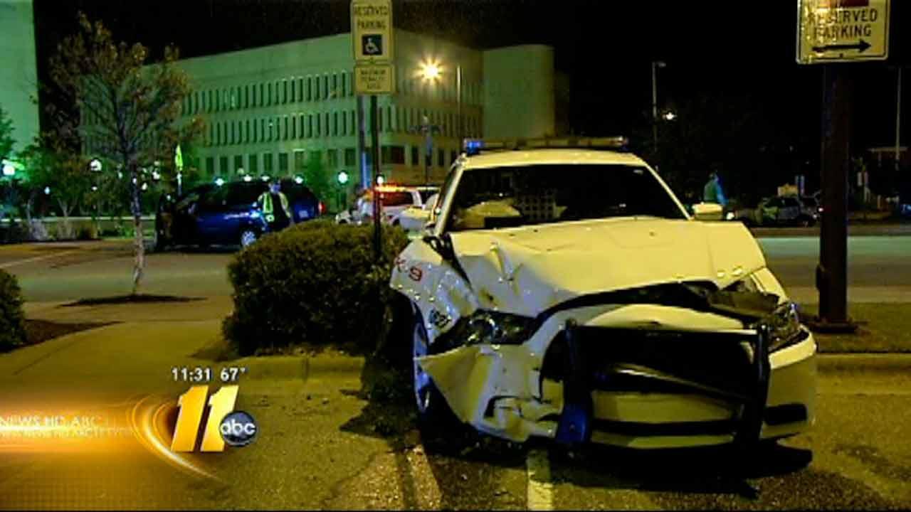 Fayettville police cruiser involved in crash