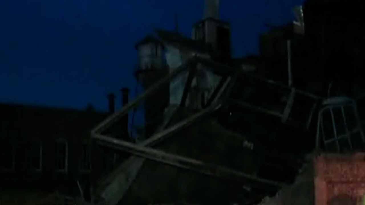 Building collapses in Winston-Salem