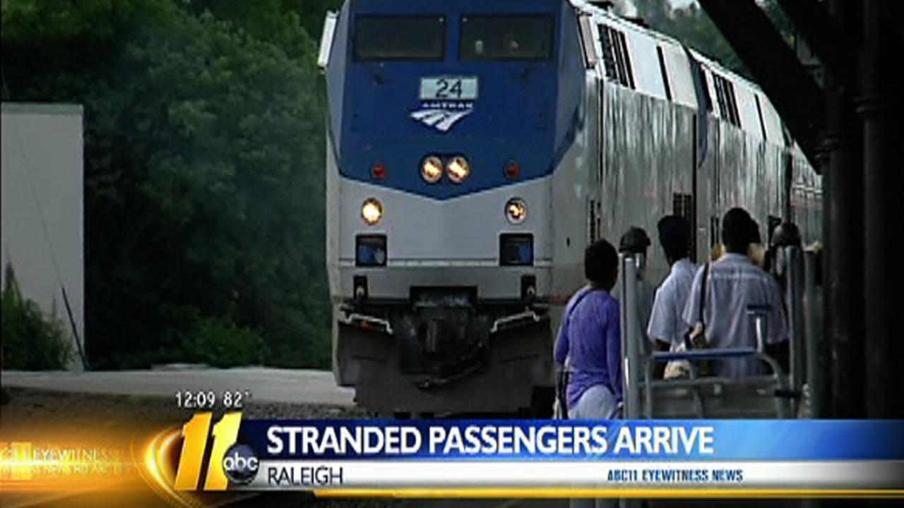 Amtrak passengers stranded for 13 hours