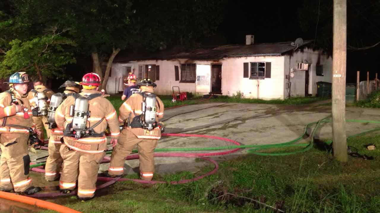 Fire crews battle duplex fire in Wake County