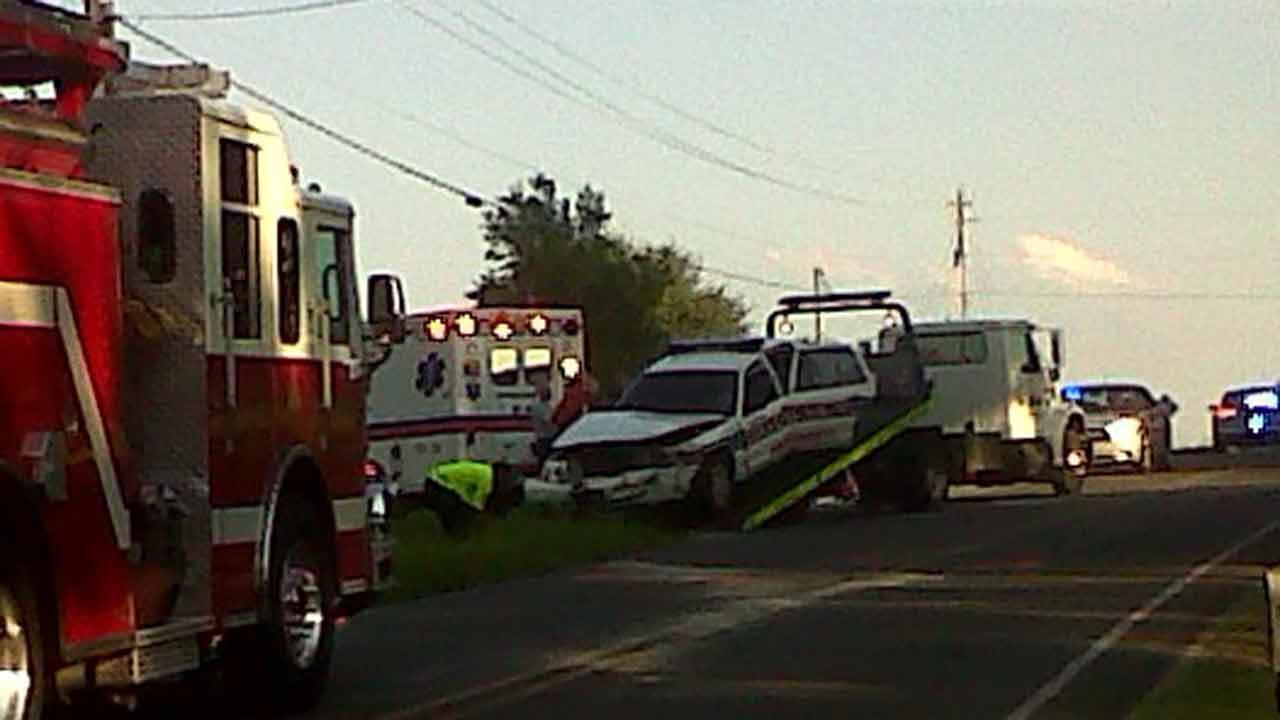 Police officer involved in Wendell crash