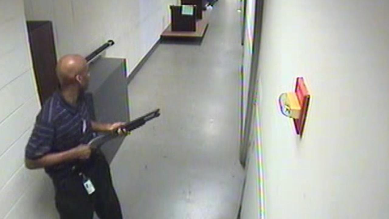 FBI posts video of DC Navy Yard shooter