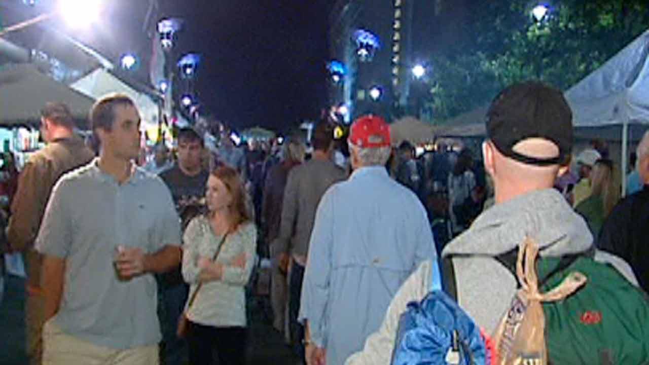 Raleigh Bluegrass Festival crowd