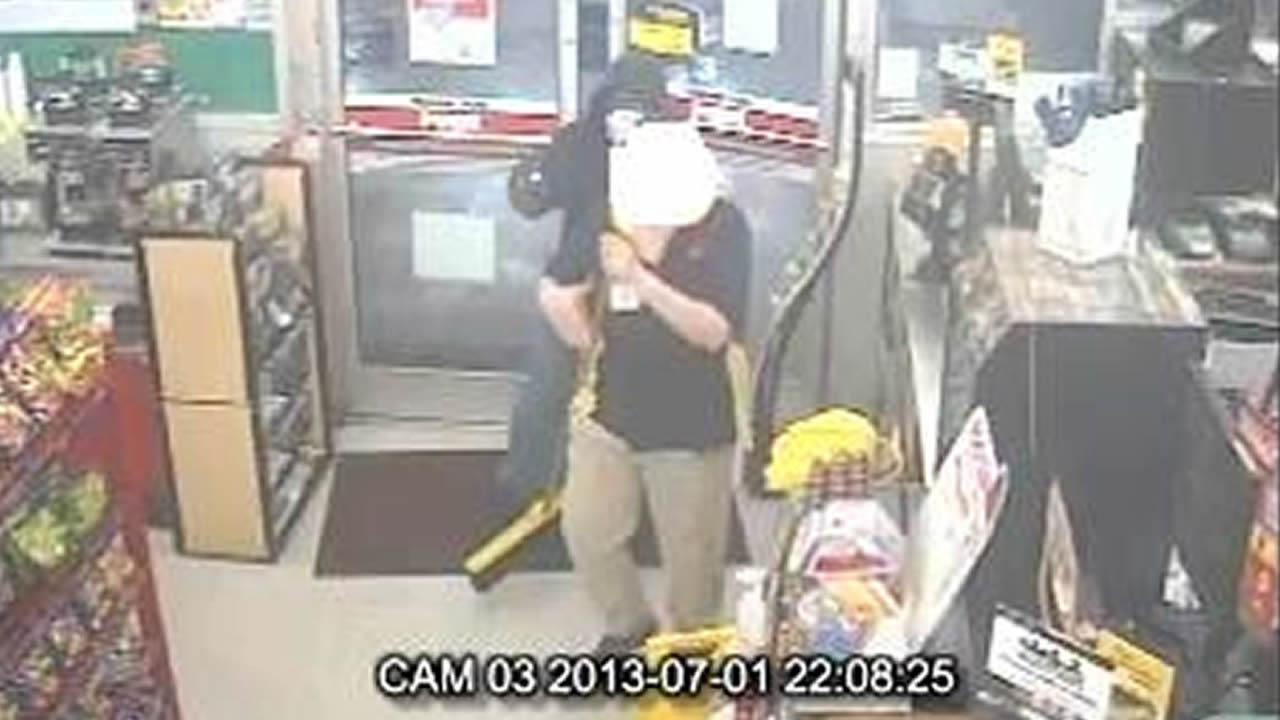On Monday Fayetteville police responded to a report of an armed robbery at the Kangaroo convenience store located at 1302 Robeson Street.