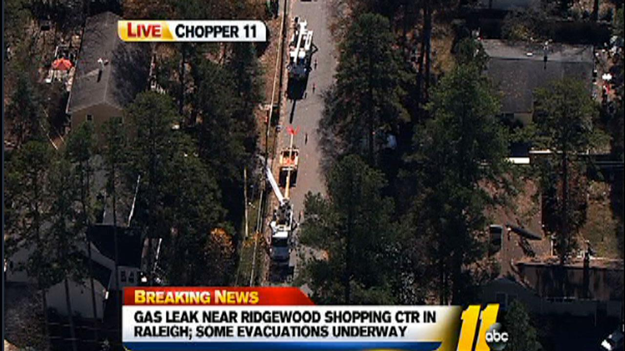 Gas leak prompts evacuations in Raleigh