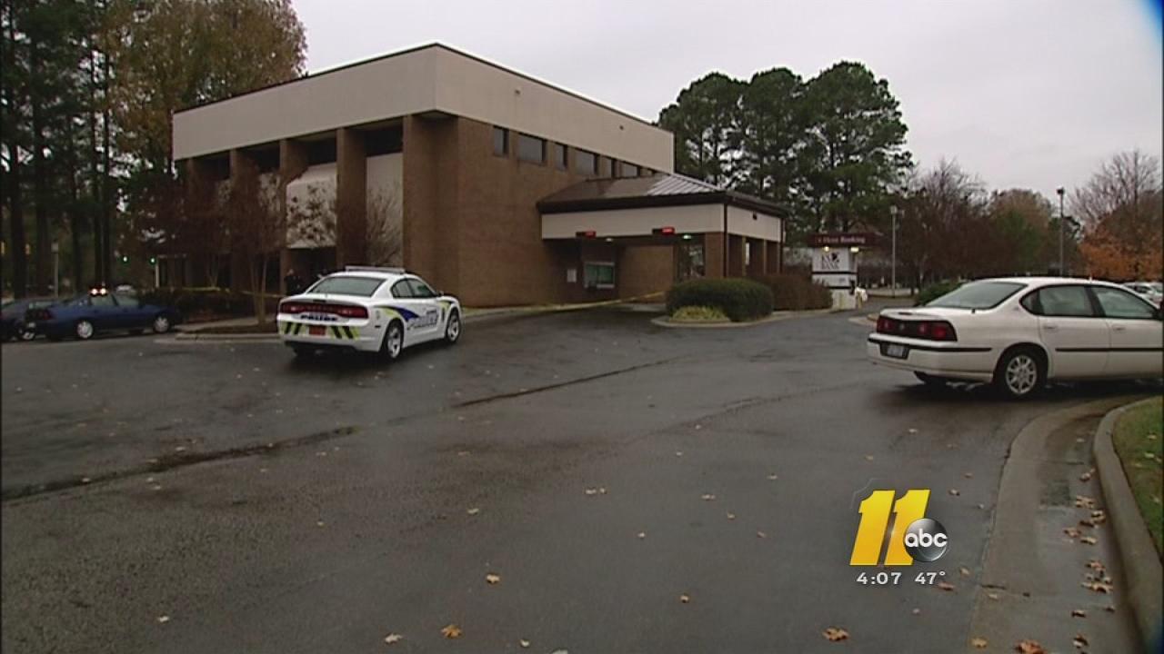 KS Bank robbery in Garner.