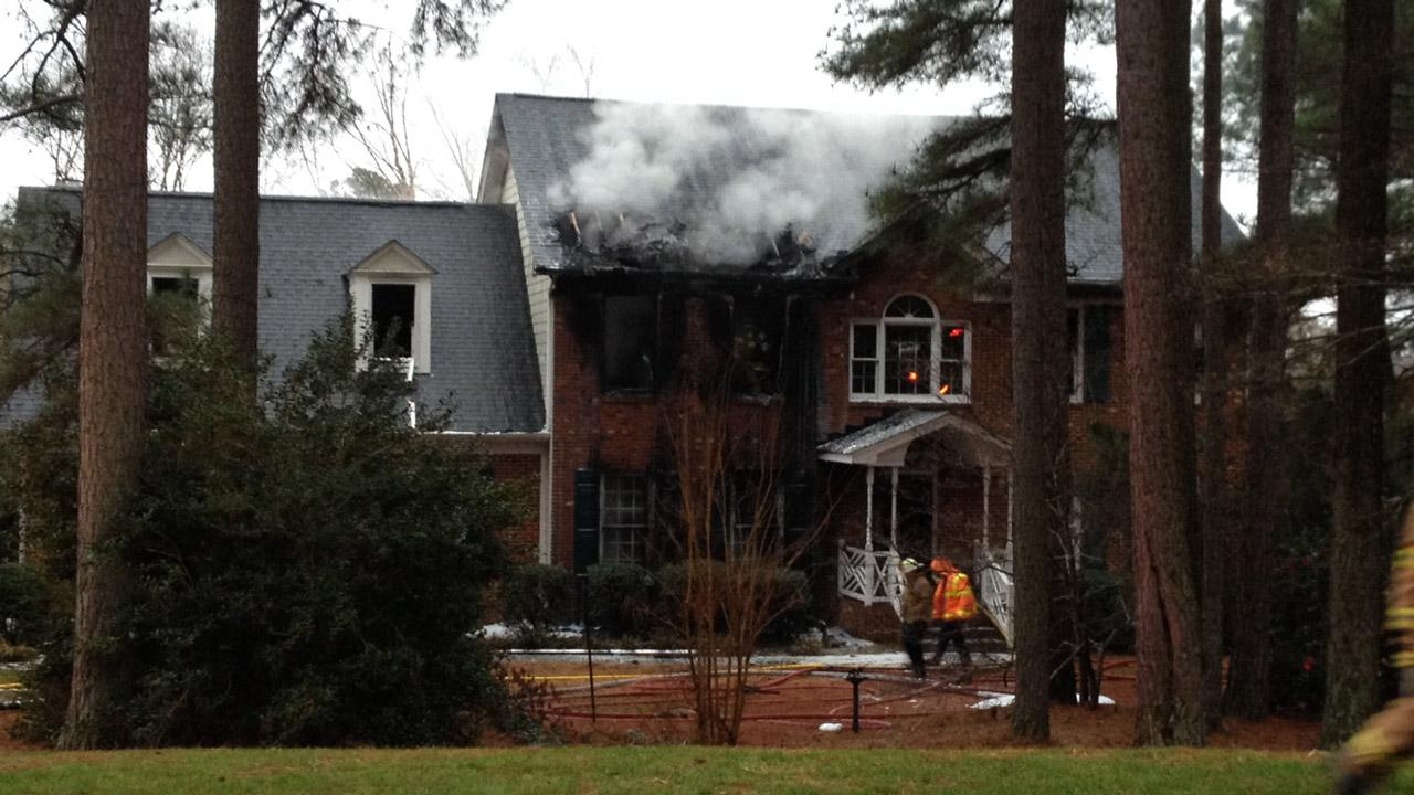 Donner Drive fire in Wake Forest