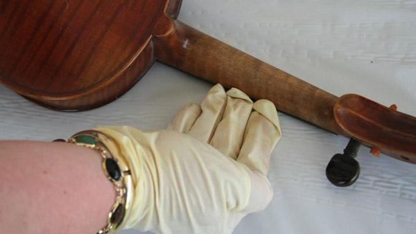 Tips on How to Tell if an Antique is Valuable from Dr. Lori