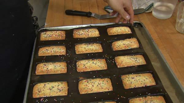 Baking Homemade Twinkies