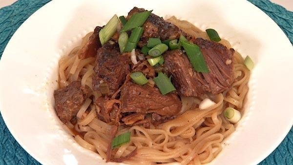 Slow Cooker Asian Style Short Rib