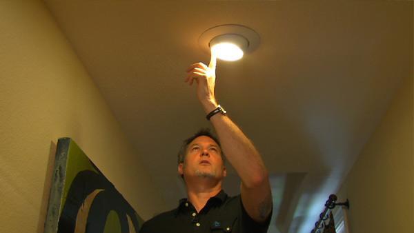 Use Lights to Highlight Art