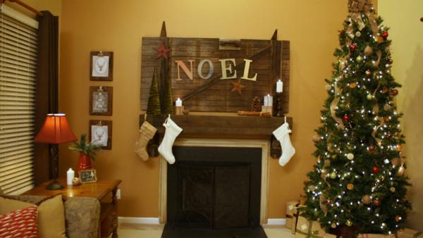 Holiday-Themed Double Living Room Makeover