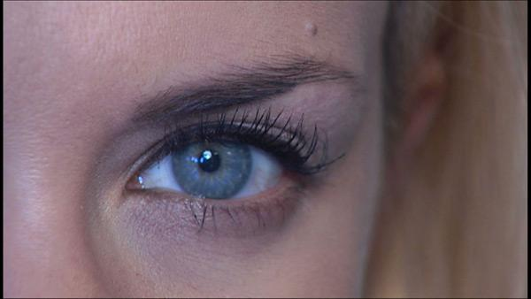 Makeup Application Tips To Make Your Eyes Pop