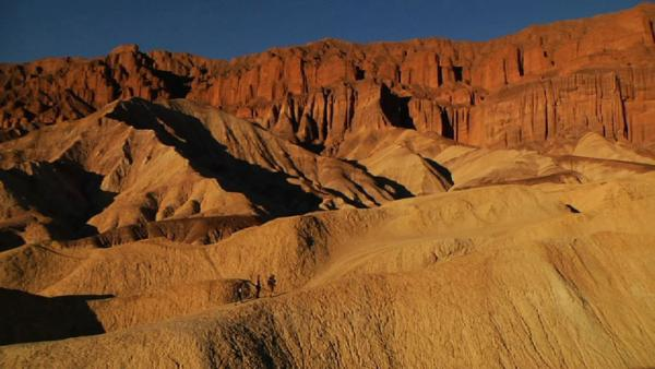 Complete Episode: Death Valley Racetrack