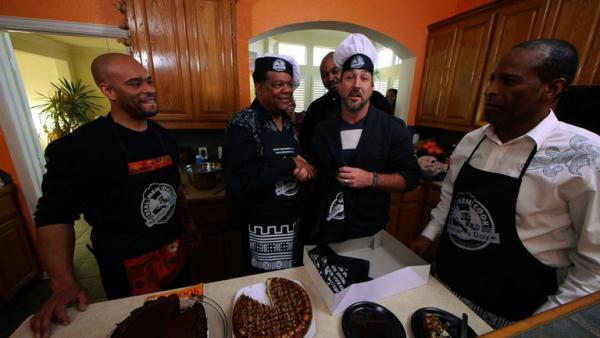 Complete Episode: Real Men Cook